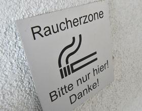 Schild Raucherzone