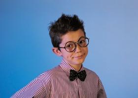 Schüler mit Brille
