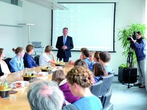 Schulprojekt: GWG München unterstützt Wohnlabor