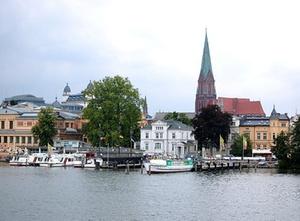 Schwerin: Kommunale Wohnungsunternehmen bedroht