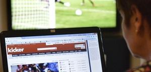 Arbeitszeit: Abmahnung für 30 Sekunden Fußball-Live-Stream