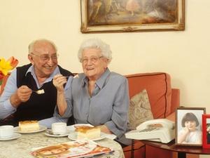 VdW Bayern: Ältere Menschen bangen um bezahlbare Wohnungen