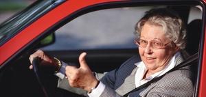Demografischer Wandel: Fit als älterer Autofahrer
