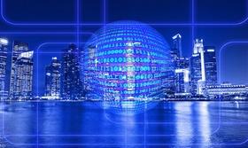 smart city-Skyline einer Großstadt mit Kugel aus Binärcode