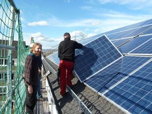 Erneuerbare Energie: Solaranlage versorgt Wohnsiedlung
