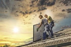 Solaranlage Solardach Photovoltaik Installation