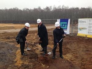 Spatenstich für neue DHL-Zustellbasis in Norderstedt