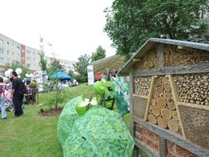 Natur-Spielplatz: HWG eröffnet ökologische Spieloase
