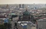 Stadtbild mit Blick auf Berliner Dom und Hochhäuser
