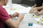 Startup Teamarbeit mit Post-its