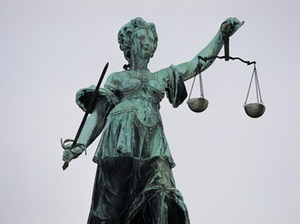 Rekord-Schmerzensgeld für Vergewaltigung