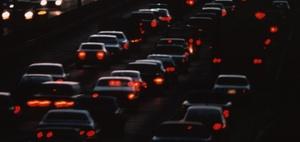 Haftung für Unfall bei Spurwechsel im Reißverschlussverfahren