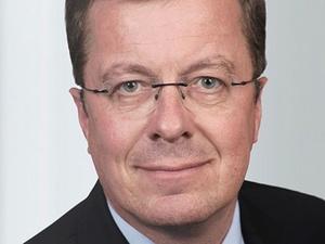Steffen Wurst ist Head of Human Resources bei SR Technics