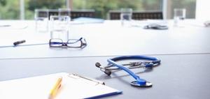 Betriebliches Gesundheitsmanagement: Rolle des Betriebsarzts