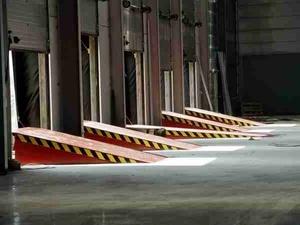 Fußböden sicher einrichten und betreiben