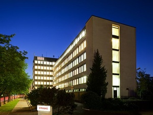 Strabag übernimmt Berliner Immobilienverwalter BWG