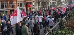 Vor Gericht: Streik auf dem Amazon-Firmenparkplatz