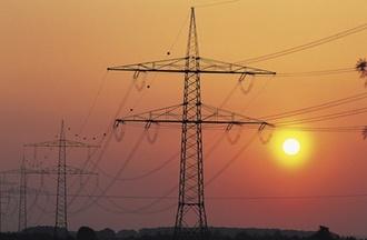 Einkommensteuer: Keine Einkommensteuer auf Entschädigung für Überspannung eines Grundstücks mit Stromleitungen