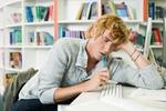 Student am Tisch