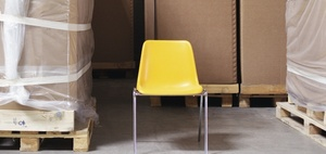 Geeignete Aufstiegshilfen: Stühle gehören nicht dazu