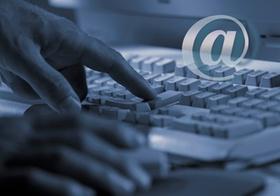 Tastatur mit at-Zeichen