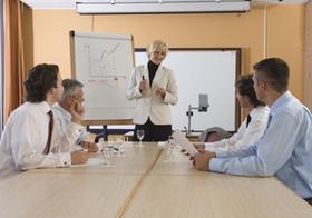Tipp 1: Gestalten Sie Ihre Konferenzräume einladender.