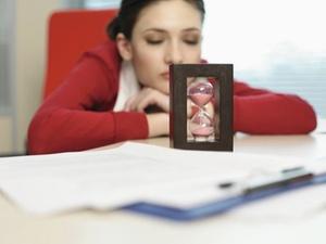 Arbeitsplatz: Tipps für erholsamen Büroschlaf