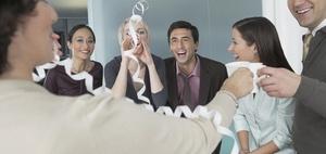 Aufwendungen für Feier eines Dienstjubiläums sind Werbungskosten