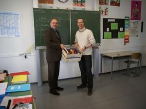 Wohnungsbau Ludwigsburg unterstützt Schulfruchtprogramm