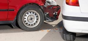 Haftung für Auffahrunfall auf ölverschmierter Fahrbahn