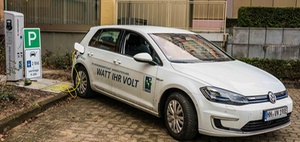 Hamburg: Wohnungswirtschaft fördert Elektromobilität