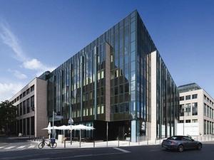 "IVG kauft Frankfurter Bürohaus ""WestendCarree"""