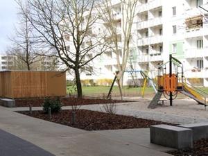 Wohnungswirtschaft: WIS erneuert Außenbereich von Wohnanlage