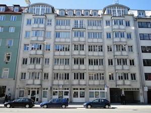 Acrest verkauft Wohn- und Geschäftshaus in München