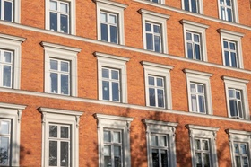 Wohnhaus Altbau Fenster Fassade