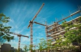 Wohnungsbau Baustelle Kräne