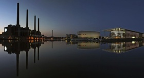 Wolfsburg Panorama VW-Werk mit Ritz-Carlton