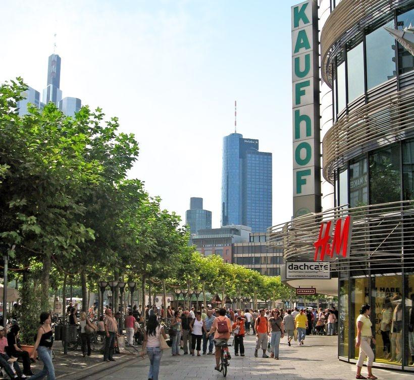Frankfurt Zeil Bleibt Beliebteste Deutsche Einkaufsstraße